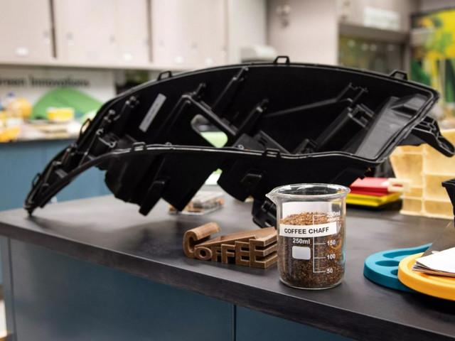 Ford vuole creare parti d'auto usando gli scarti del caffé di McDonalds