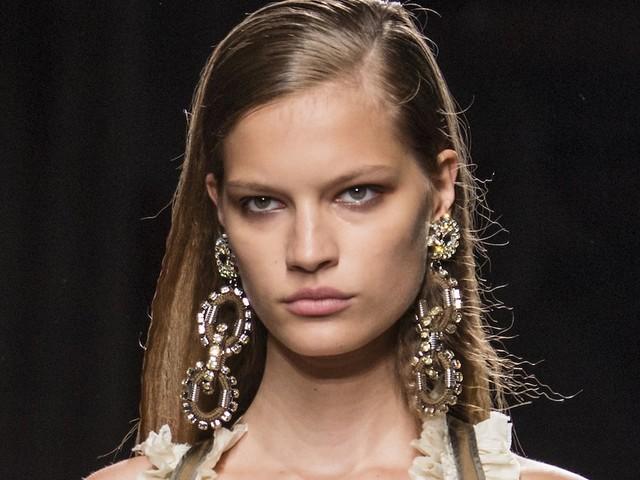 Gioielli estate 2019, 115 collane orecchine anelli e bijoux estivi di moda