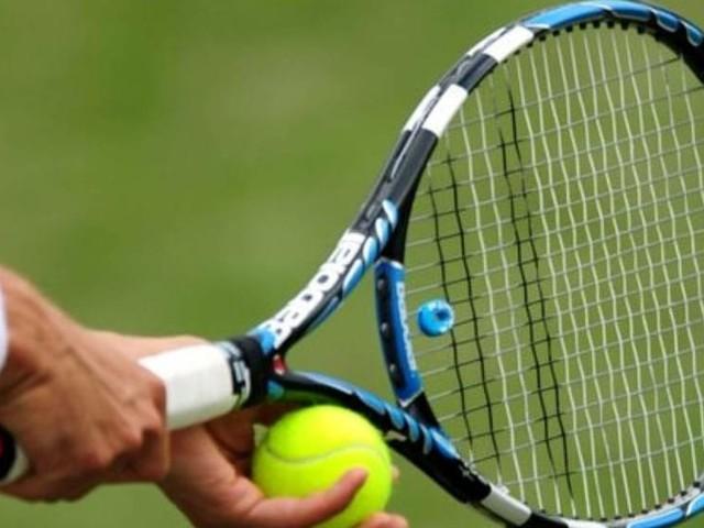 Dove imparare a giocare a tennis in città