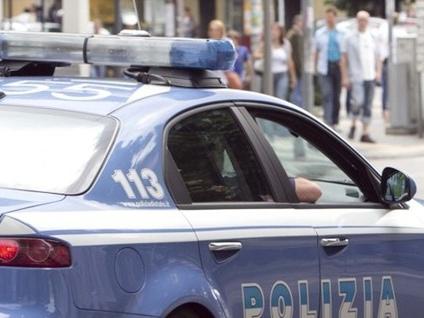 Reagisce e picchia gli agenti Bergamo, 26enne finisce in manette