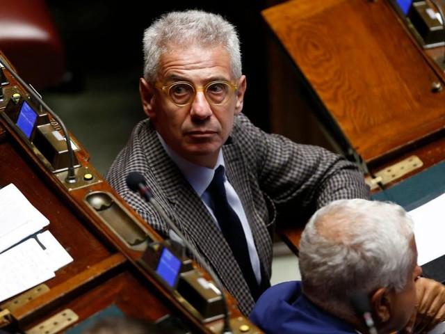 """Mattia Feltri vs Giletti/ """"Indignato su voto salva-Sozzani? Lascia bambinate al M5s"""""""
