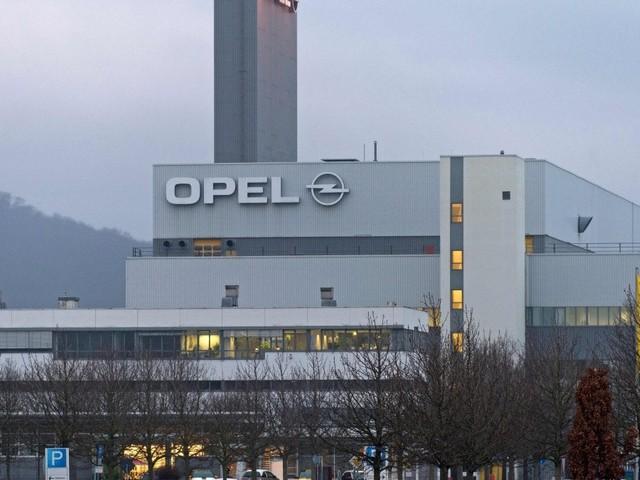 Opel, la fusione con il Gruppo Psa mette a rischio 4000 posti di lavoro