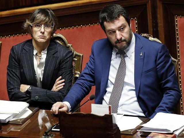 La previsione della ministra Bongiorno: «Salvini sarebbe stato assolto, ma dopo 10 anni»