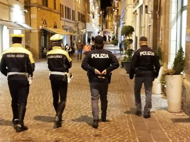 Osimo: Serrati controlli sul territorio: dalle strade alle periferie alla movida