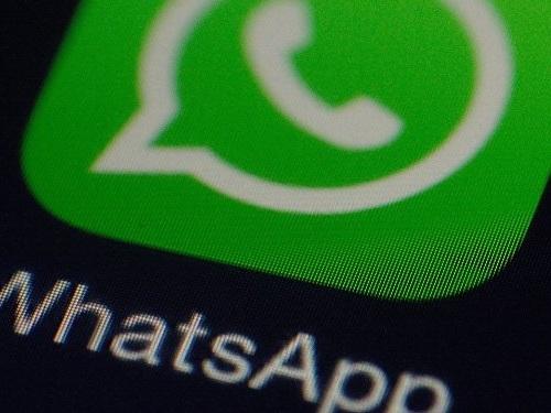 """""""India lo sta facendo attenzione al video"""", ecco la nuova bufala diventata virale su WhatsApp"""