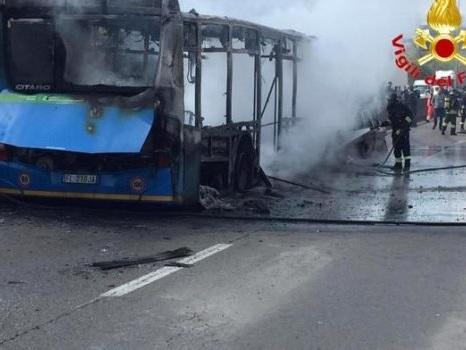 Terrore sullo scuolabus, Sy condannato a 24 anni di carcere