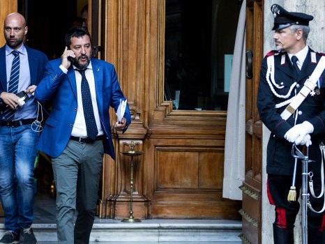 Mossa di Salvini contro l'intesa Pd-M5s, ma taglio dei parlamentari a rischio