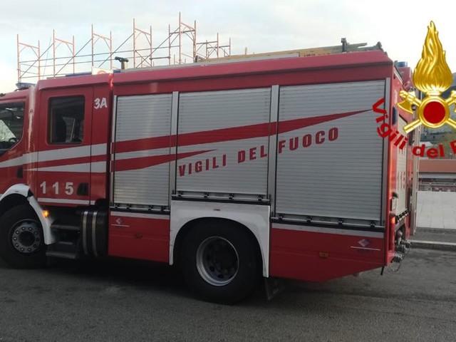Tragedia a Ciampino, rimane incastrato sotto un Bobcat: deceduto un uomo