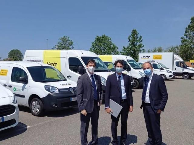 Hertz - Auto e furgoni igienizzati con certificazione Dekra