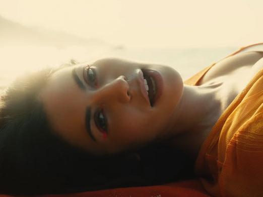 Marina – Orange Trees: video ufficiale, testo e traduzione del nuovo brano