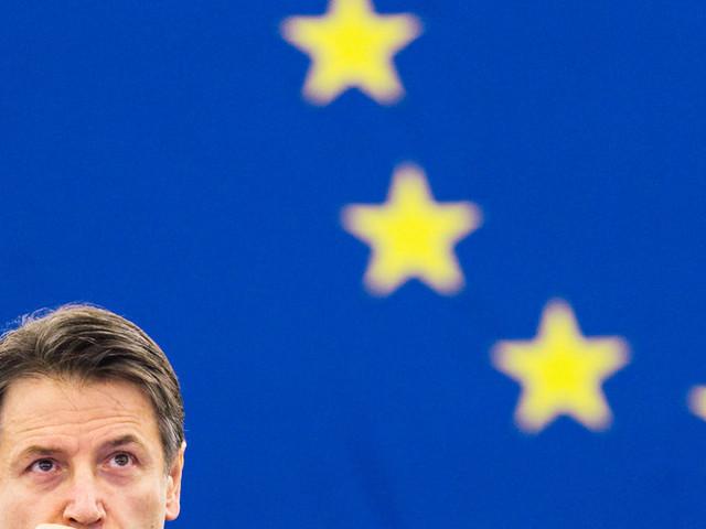 L'Italia chiede all'Ue di condividere il rischio, non il debito