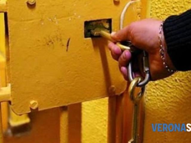 Arrestato e portato a Montorio: deve scontare una condanna per tentata rapina aggravata