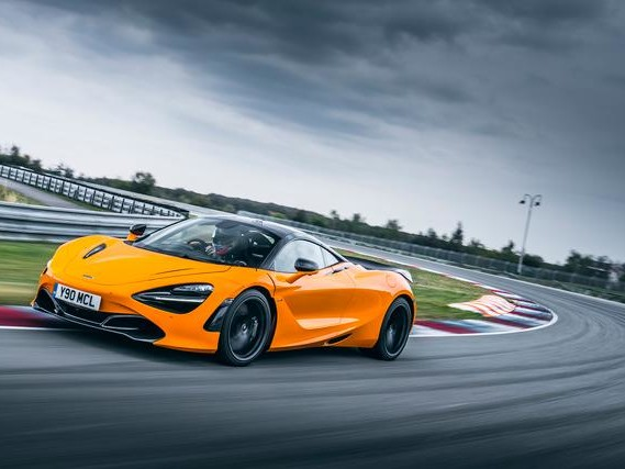 McLaren 720S è World Performance Car 2019