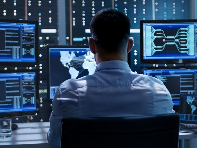Cyber sicurezza: l'anno zero dello Stato
