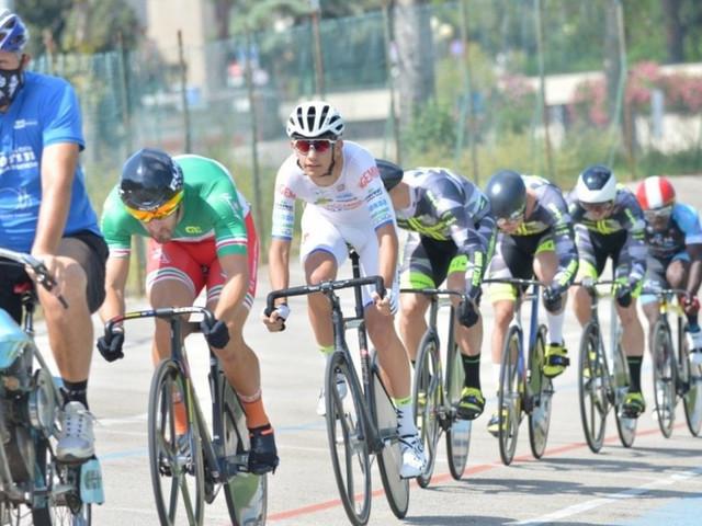Ciclismo su pista: al velodromo Monticelli i tricolori su pista élite e juniores maschili e femminili