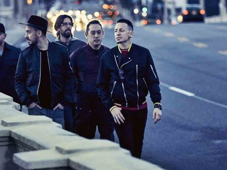I Linkin Park in classifica Fimi dopo la morte di Chester Bennington: Riki ancora 1°