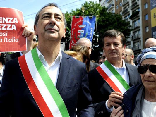 La marcia contro il razzismo di Milano