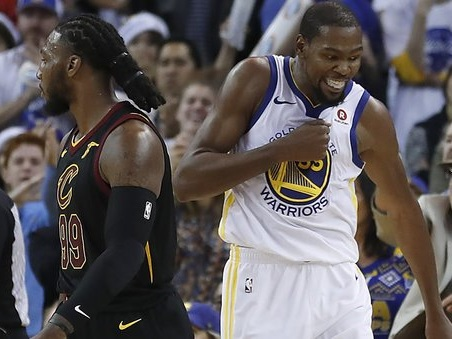 Nba: Golden State, messaggio per l'Anello ai Cavs. Cadono Celtics e Rockets