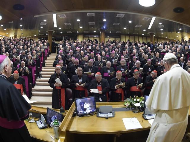"""Silvia Romano, i vescovi italiani: """"La sentiamo nostra figlia"""""""