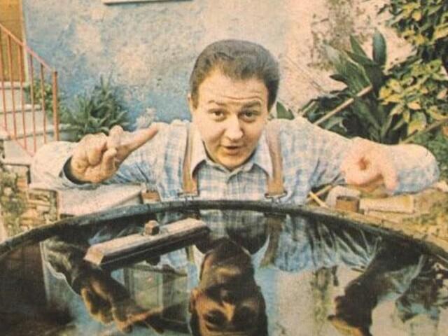 Massimo Boldi - Sei repellente Elisa/Mangiato le mele (1977)
