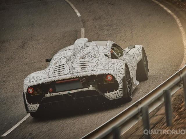 Mercedes-AMG - Le foto spia ufficiali della Project One