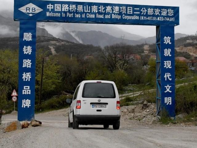 Le strade costruite dai cinesi: così la Serbia cede a Pechino