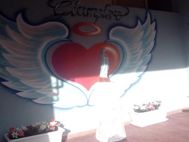 Brindisi, delitto Carvone: rabbia e dolore ai funerali del giovane assassinato