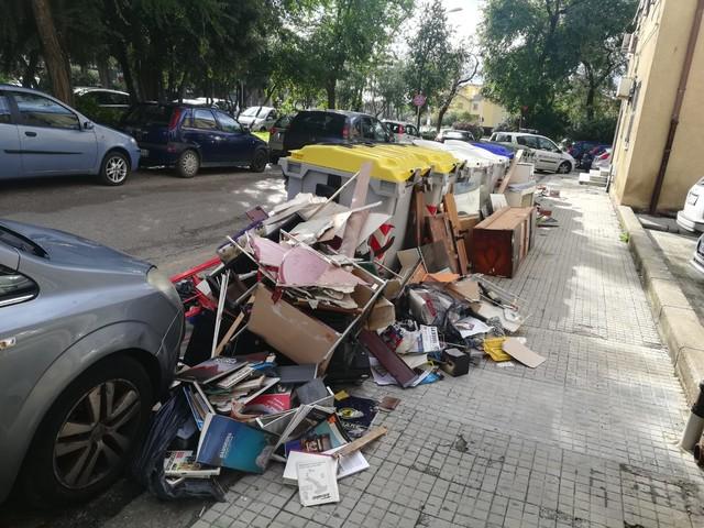 Sassari, occupa abusivamente due appartamenti: denunciata