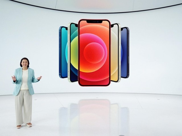 """Apple, è il giorno dell'iPhone 12, il primo 5G. L'evento """"Hi, Speed"""" da Cupertino"""
