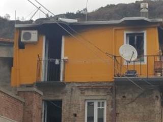 Tragedia sfiorata nel Vibonese, abitazione in fiamme Salvati due anziani che si trovavano nello stabile
