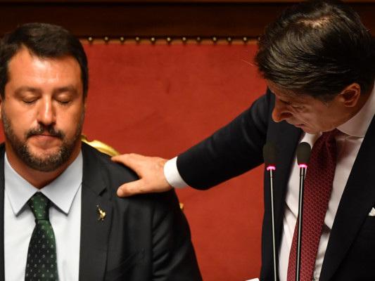 L'ultimo duello tra Conte e Salvini