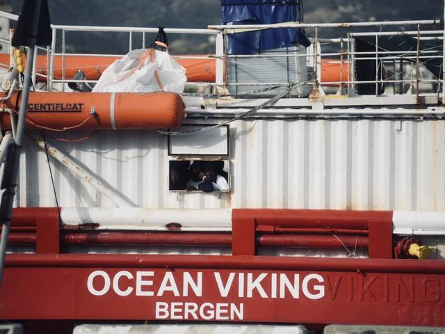 Immigrazione, 92 migranti a bordo della nave Ocean Viking