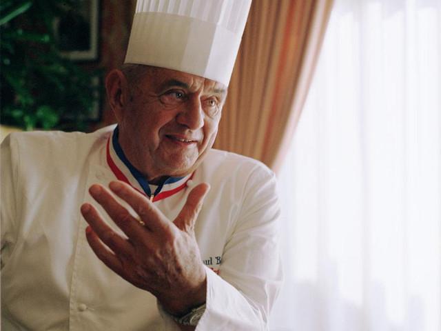 Francia, cade una stella. Il ristorante del mito declassato da Michelin