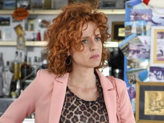 Programmi TV di stasera 27 ottobre: Imma Tataranni su Rai Uno, Le Iene Show su Italia Uno