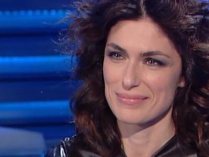 """Anna Valle a Domenica In ricorda Fabrizio Frizzi e il bacio con Mika: """"L'abbiamo fatto subito"""""""