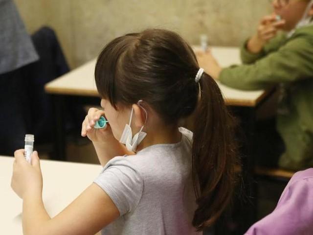 I test salivari rapidi non validi per il Green Pass, potranno essere usati solo in scuole e Rsa