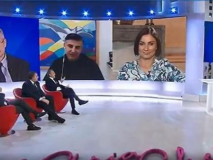 """Giorgia Meloni, Matteo Richetti a L'aria che tira la prende in giro: """"Cosa penso di Dio, Patria e Famiglia"""""""