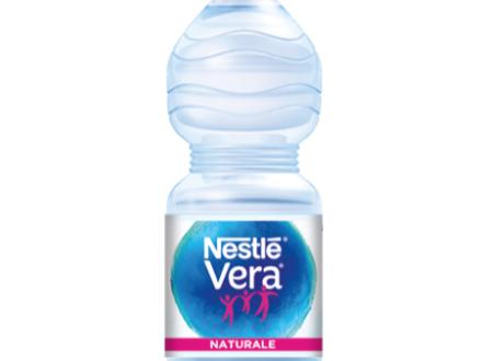 Acqua Nestlé Vera Naturae richiamata per sospetta contaminazione batterica. Ritirate le bottigliette da 50 cl