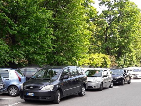 Incubo parcheggi in ospedale a Padova: incontro con il Comune