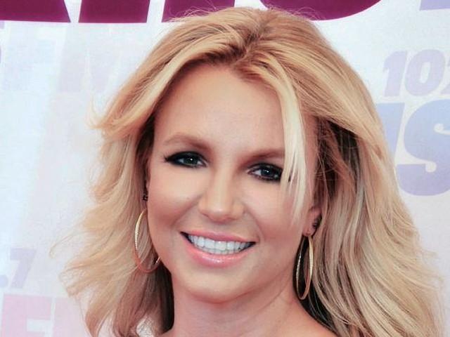 Britney Spears, fan in rivolta per il ricovero della cantante in clinica psichiatrica: 'Liberatela' - FOTO