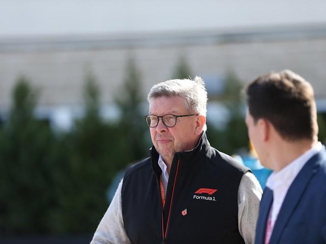 """F1, Ross Brawn sui problemi dei piloti in Ferrari: """"Non bello l'episodio, dovrebbero seguire l'esempio di Hamilton"""""""