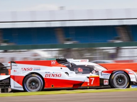 24 Ore Le Mans 2020: Toyota firma la pole-position e sigla il nuovo record del tracciato!