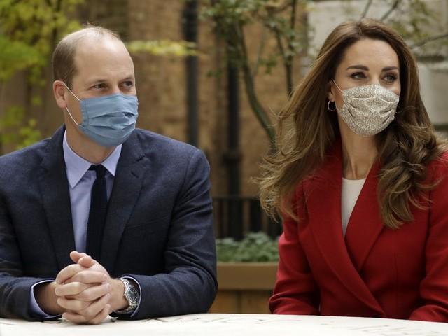 """""""Hanno violato la regola del sei..."""" Bufera su Kate e il Principe William"""