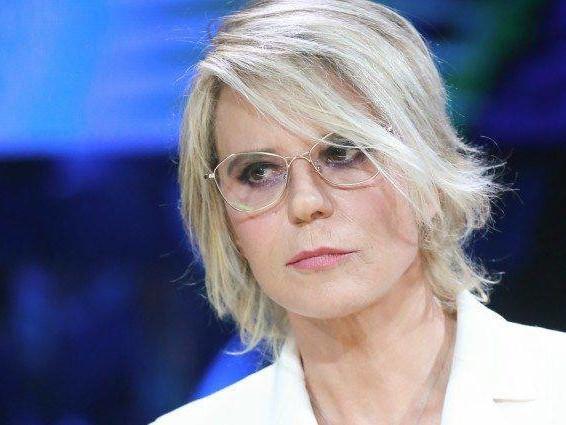 Maria De Filippi truffata a Uomini e Donne: interviene la polizia