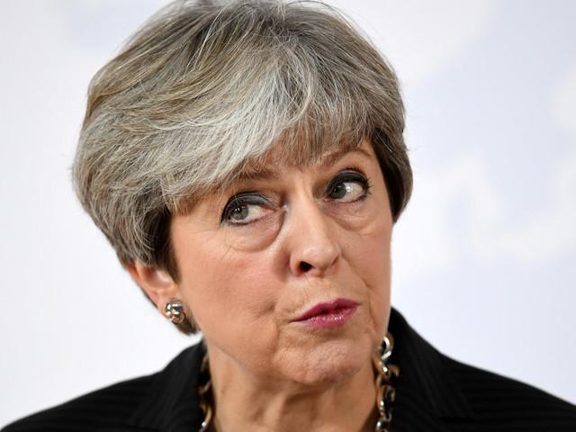 Long Brexit. Theresa May a Firenze chiede di allungare i tempi dell'addio all'Ue, ma sui dettagli resta nel vago