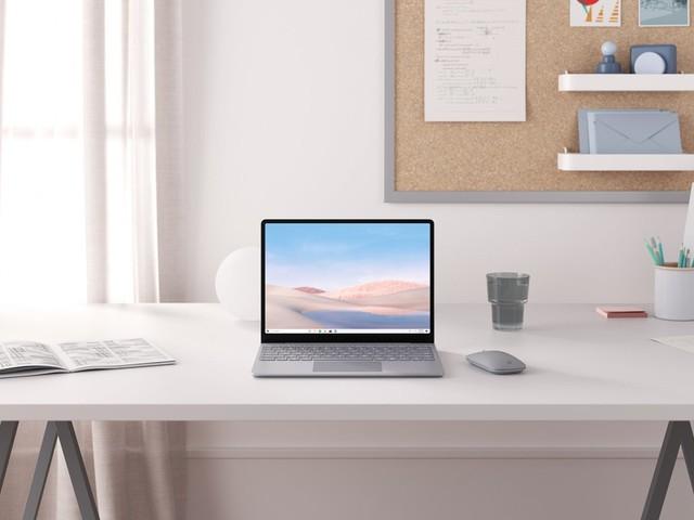 Surface Laptop Go, la giusta misura per fare tutto