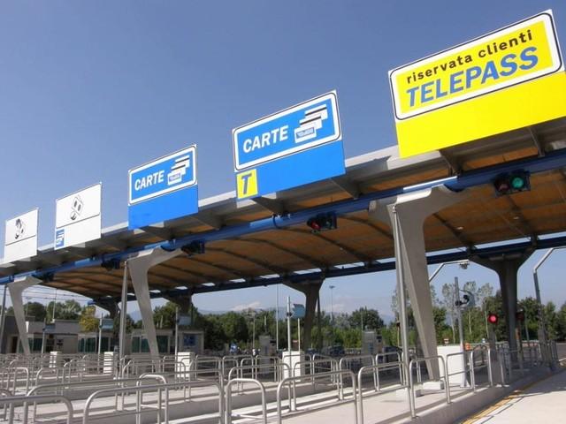 A4 Milano-Brescia - Autostrada chiusa domenica: c'è da far brillare una bomba