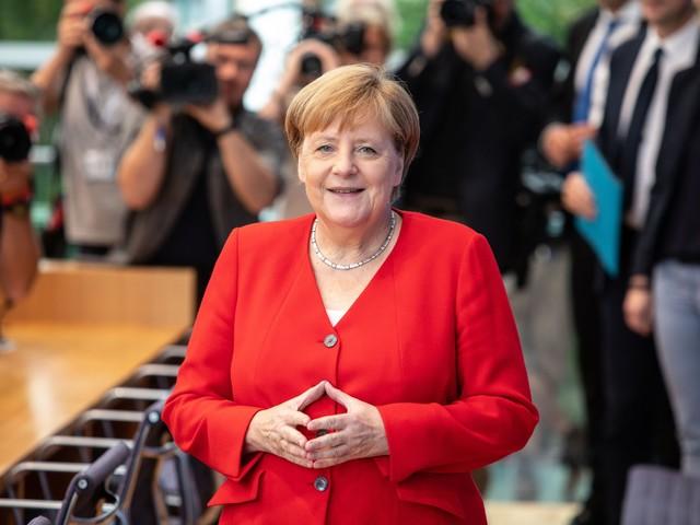 "La Merkel smentisce i rumors: ""Sto bene, avanti fino al 2021"""