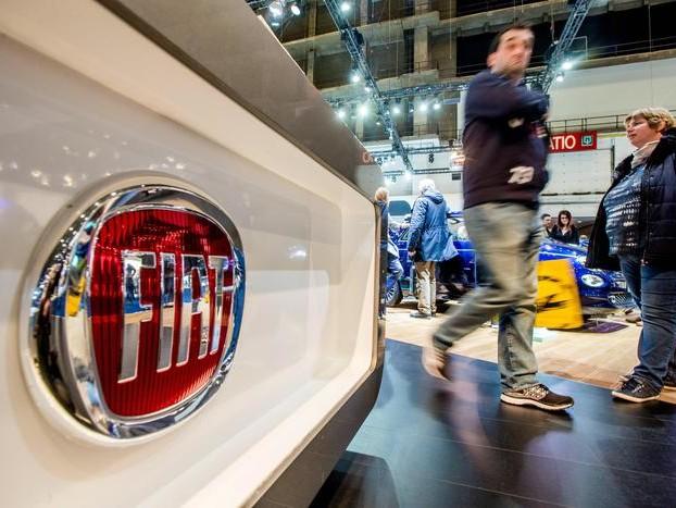 Borsa Milano cede l'1%, Fca fra peggiori