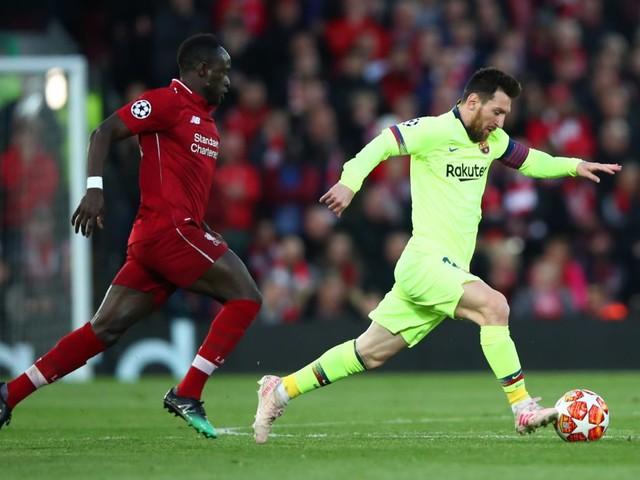 """Messi dà il Pallone d'Oro africano a Sadio Mané: """"Peccato sia finito solo quarto"""""""